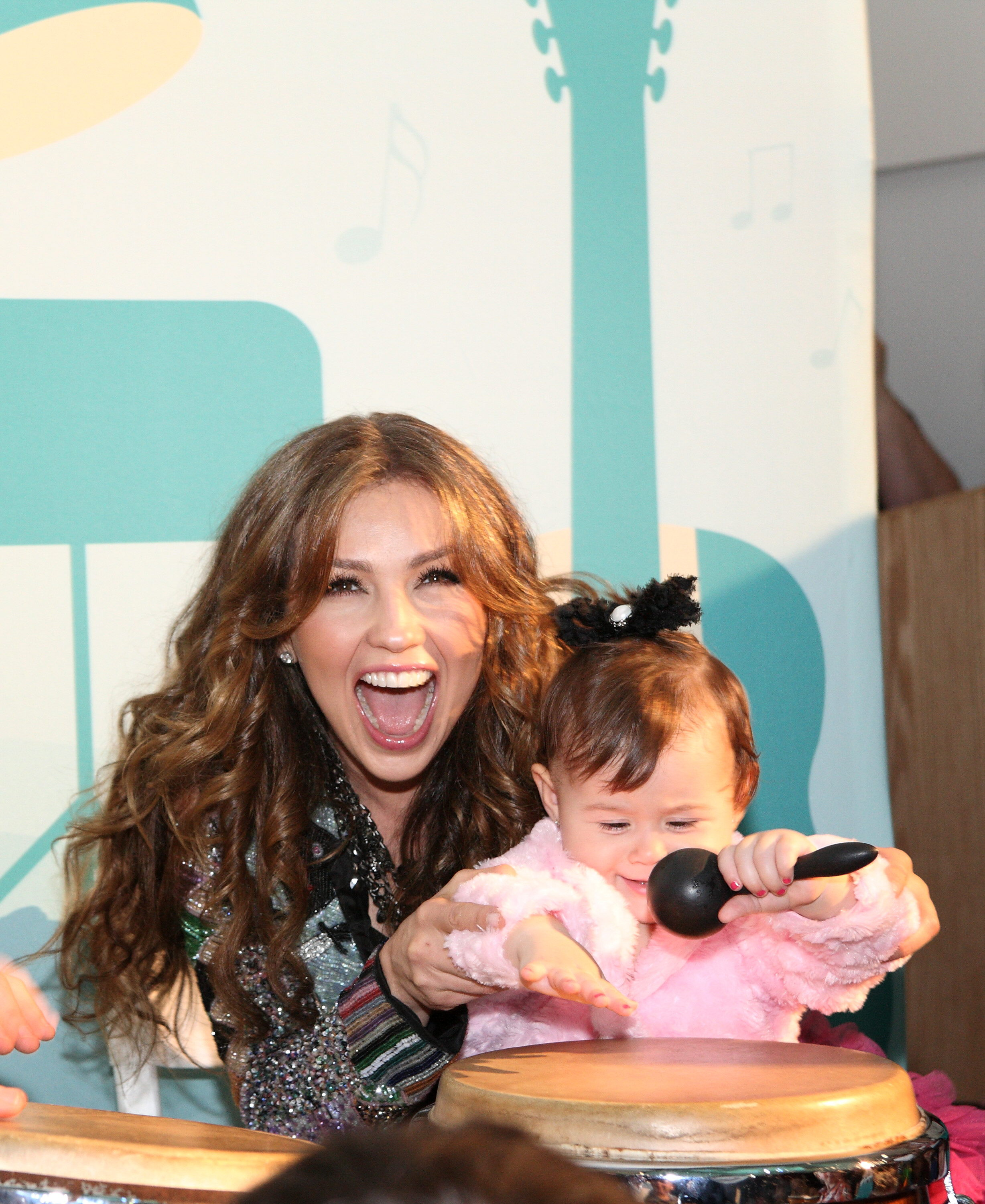 Thalia And Her Kids On...